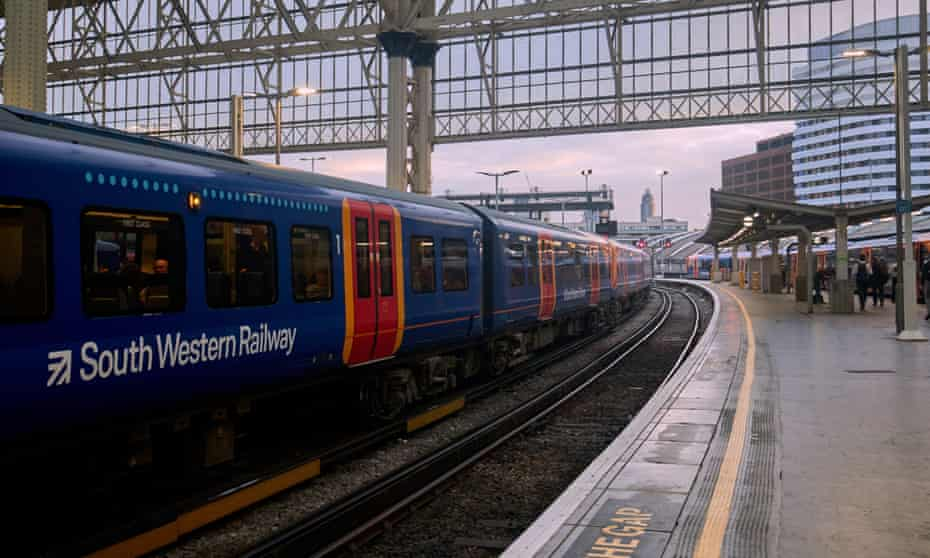 A South Western Railway train at Waterloo station.