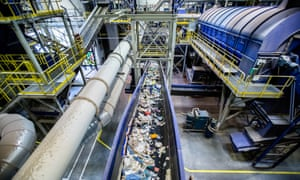 At RCERO Ljubljana mechanical biological treatment plant, shredded and sieved waste travels on conveyor belts through seperators that separate 95% of residual waste into recyclable materials.