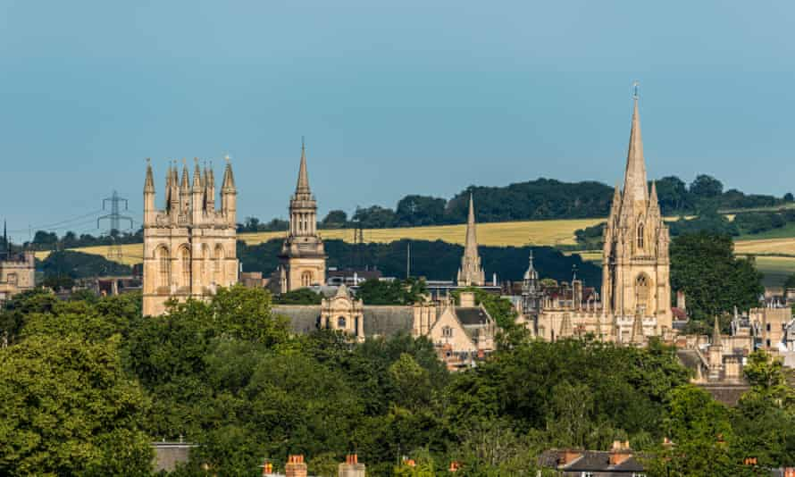 Lincoln College, University Church of St Mary and Merton College of Oxford University.