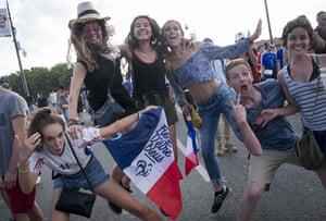 Fans go wild in Toulouse city centre