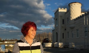 New Zealander Dot Smith is building her dream home - Riverstone Castle in Oamaru.