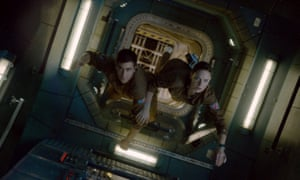In space, no one can hear you squelch ... Jake Gyllenhaal and Rebecca Ferguson in Life.