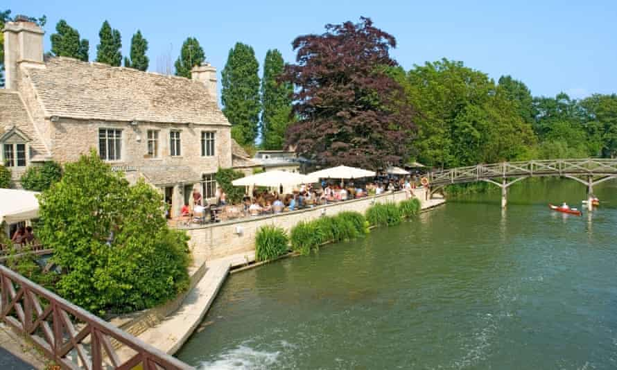 The Trout Inn at Wolvercote … the 11-year-old hero of La Belle Sauvage works in his parents' pub. Photograph: Peter Brown/Alamy