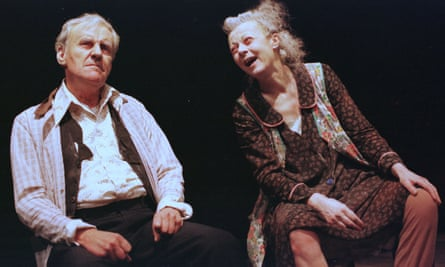 Richard Briers and Geraldine McEwan in The Chairs.