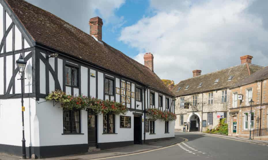 The George Inn, on the Market Square in Mere, Wiltshire.