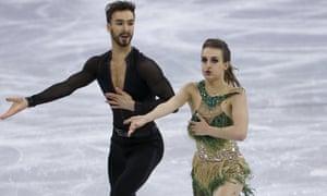 Gabriella Papadakis, right, and Guillaume Cizeron performing in Pyeongchang.