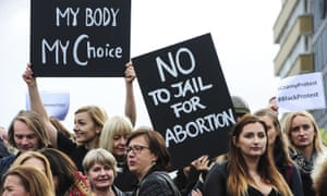 Polish women working in European Union institutions have gone on strike to demonstrate against Polish proposals for a total ban on abortions.