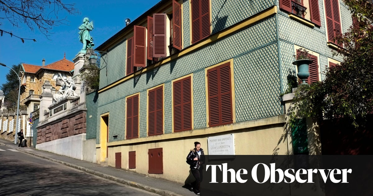 A Sunday in Ville-d'Avray by Dominique Barbéris review – discreet charms of the bourgeoisie