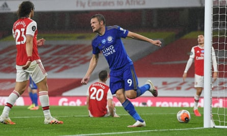 Jamie Vardy celebrates scoring the equaliser in Leicester's 1-1 draw with Arsenal at the Emirates Stadium.