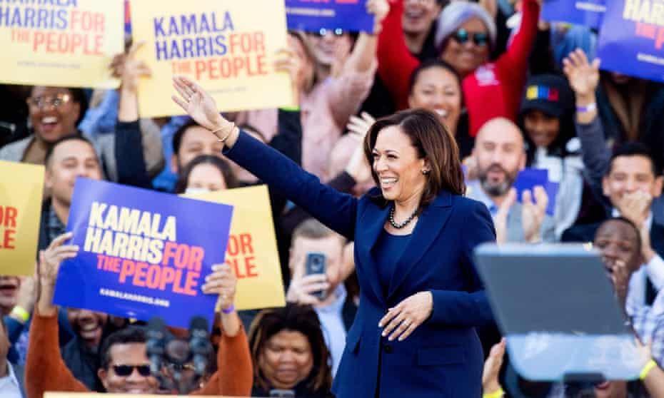 Senator Kamala Harris launches her campaign with a rally in Oakland, California, on 27 January.