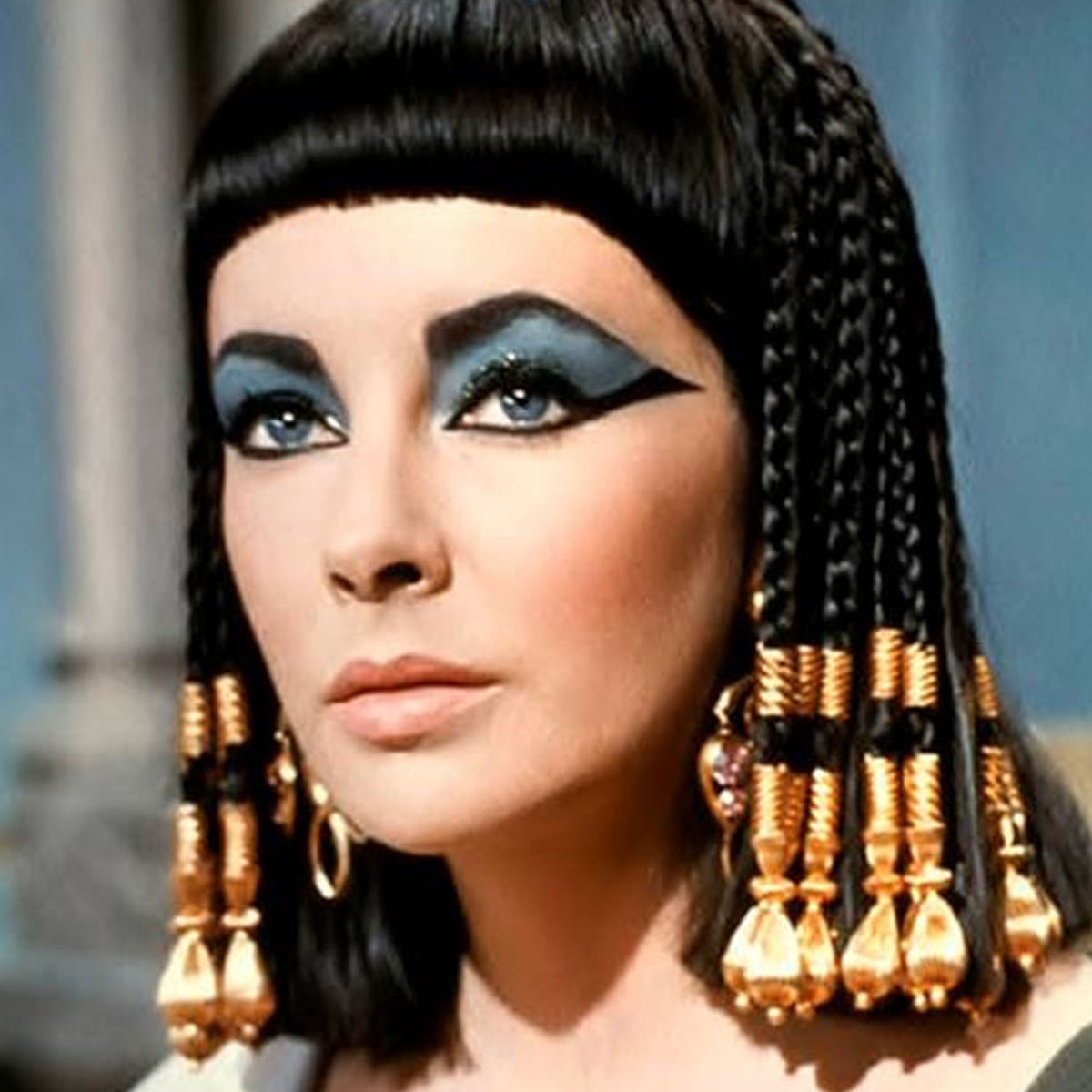Cleopatra Had A Big Beautiful Nose So Let S See It Onscreen Body Image The Guardian