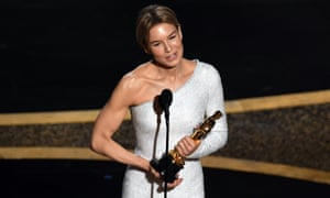 Renée Zellweger accepts the Actress in a Leading Role award for Judy