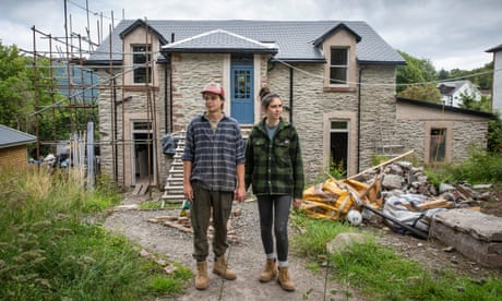 Cal Hunter and Claire Segeren outside their house in Dunoon