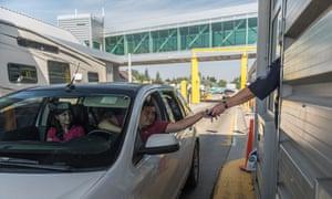 US Canada border checkpoint