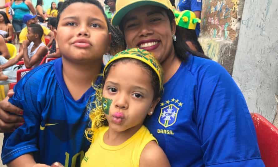 Maria Quirino, 26, single mother and her children Lucas, 7, and Maria Eduarda, 5.