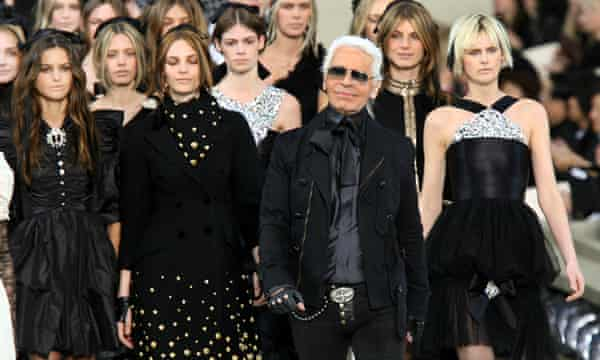 Karl Lagerfeld Obituary Fashion The Guardian