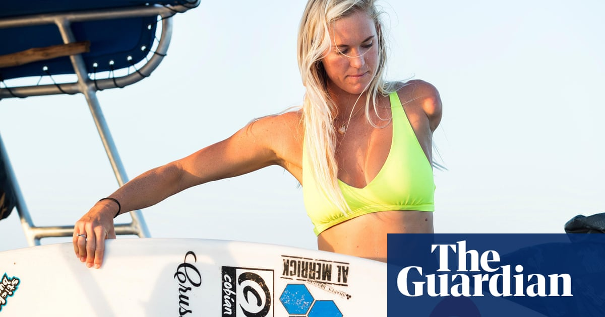 Bethany Hamilton Surfing With Only One Arm Isn T As Hard As Beating The Stigma Surfing The Guardian