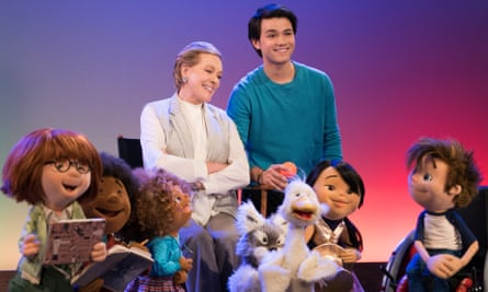 Julie Andrews and Guillian Gioiello will star in Julie's Greenroom, a new preschool show from the Jim Henson Company on Netflix.
