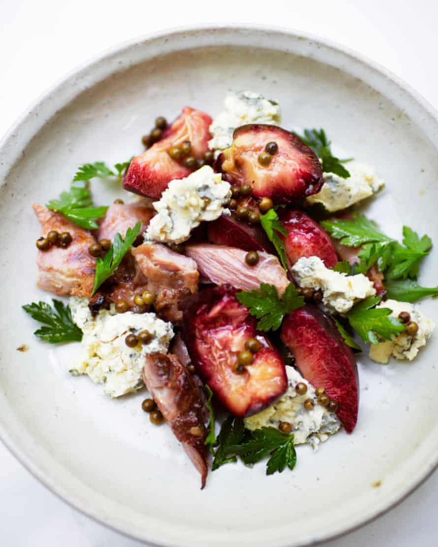 Nectarines, ham and blue cheese