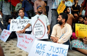 Indian activists protest against capital punishment in 2015