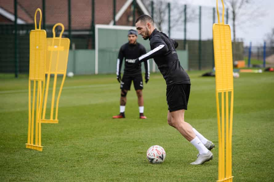 Nabil Bentaleb controls the ball in his first training session at Newcastle.
