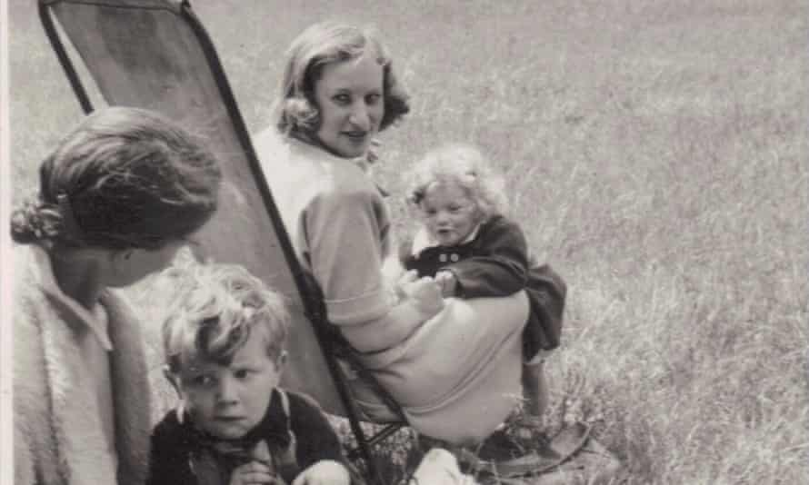 Sylvia Finzi as a child, with family and/or friends