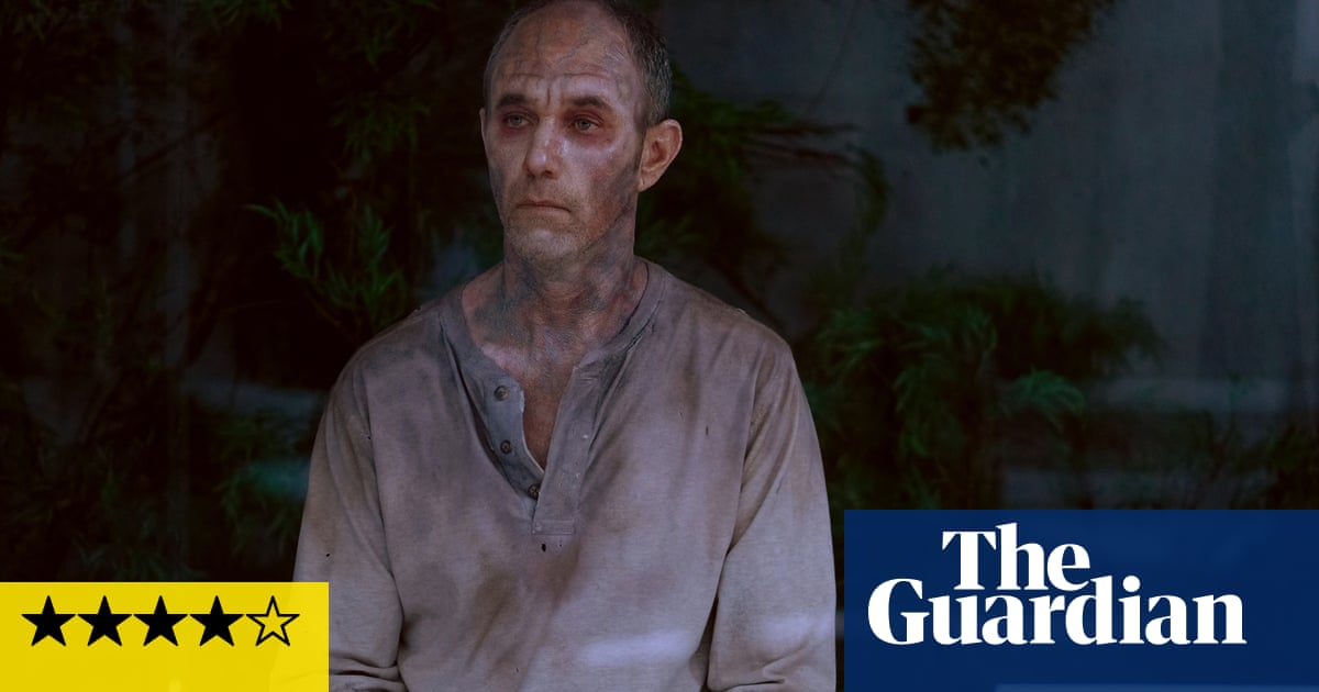 The Passage Review A Vampire Drama To Sink Your Teeth Into