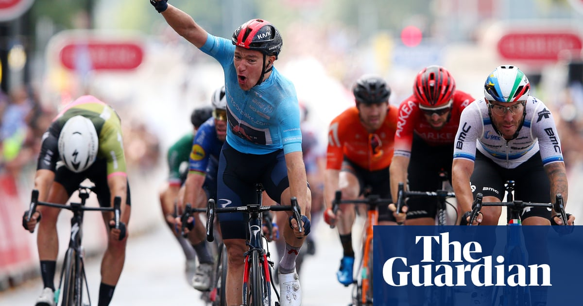 Ethan Hayter regains Tour of Britain lead with dramatic sprint victory