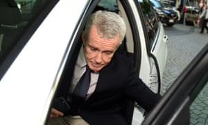One Nation's Queensland Senator Malcolm Roberts gets into his car on Monday before meeting with climate change scientists from the CSIRO.