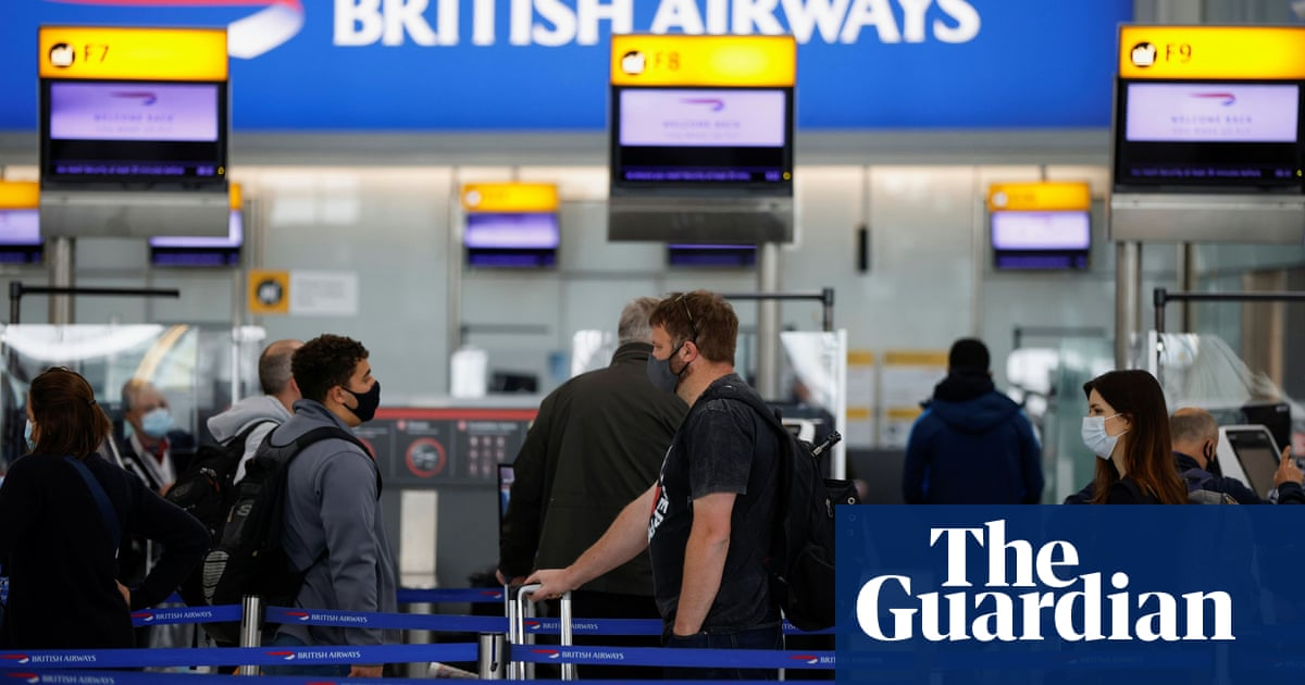 Covid green list too cautious, say UK airlines and travel firms
