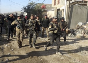 One army general said Iraqi forces have to defuse Isis bombs and traps