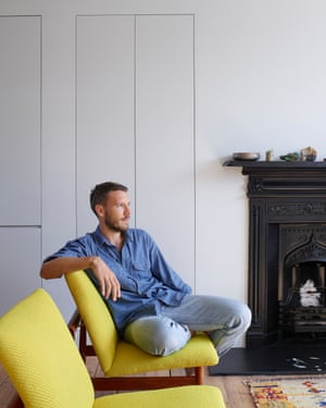 """'I like to bring in colour through furniture': Robert Storey and his France & Søn's Finn Juhl """"Japan"""" chairs."""
