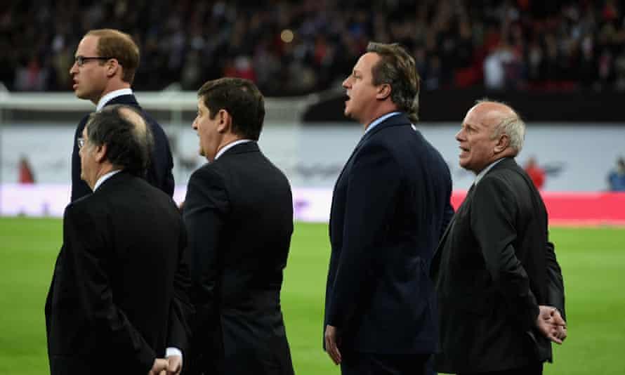 Prince William, David Cameron and Greg Dyke sing La Marseillaise in Wembley.