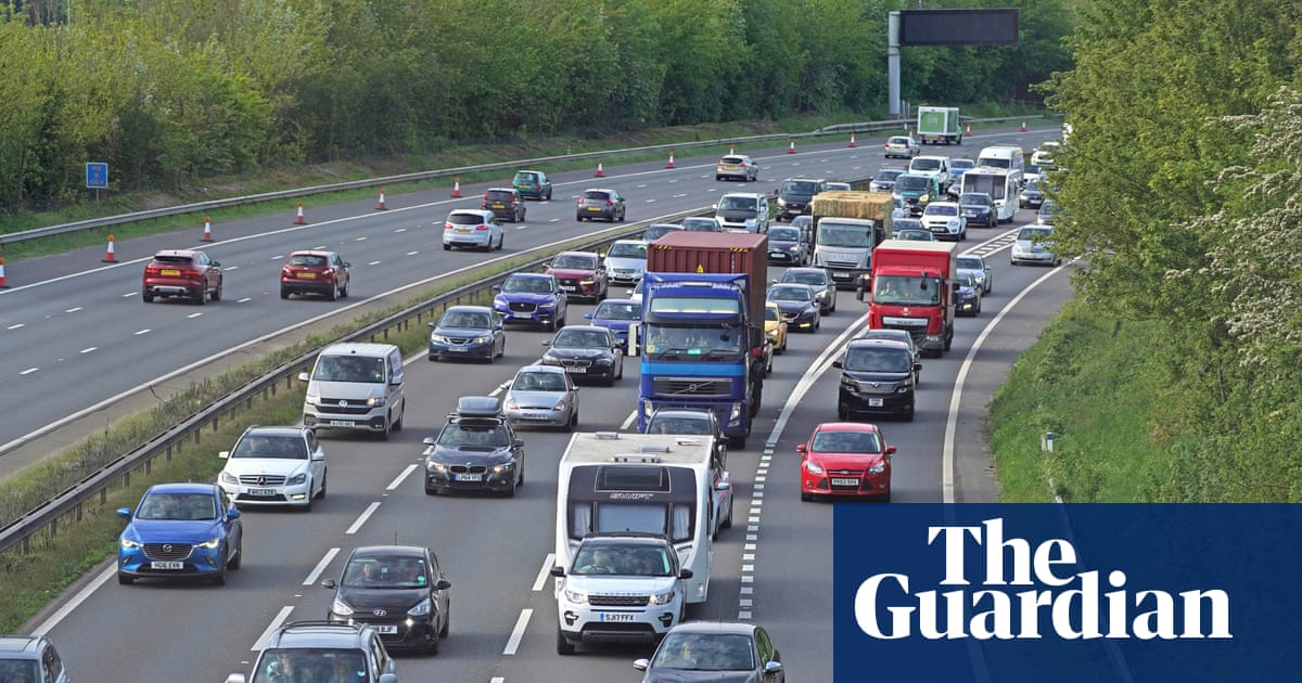 Bank holiday weekend travel warning as fine weather forecast for UK