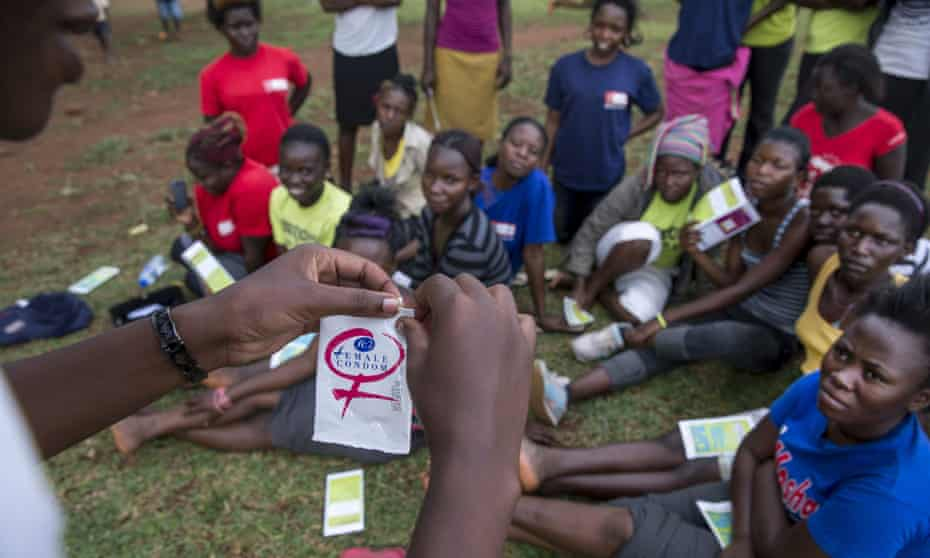In Busia, Uganda, young women attend an education session on family planning
