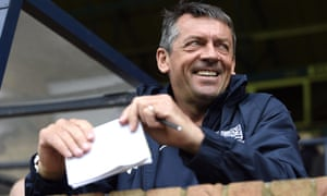 Southend United manager Phil Brown came close to securing a play-off place for his side this season.