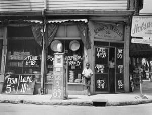 Bennie's Grocery, Sylvania, Georgia, 1939, by Marion Post Wolcott