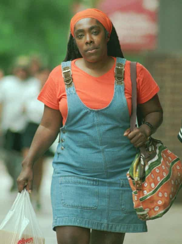 MOVE civil trial plaintiff Ramona Africa enters the federal courthouse in Philadelphia, Monday June 10, 1996. Closing arguments took place Monday in the seven-week trial over the fatal May 13, 1985 bombing of the MOVE rowhouse.