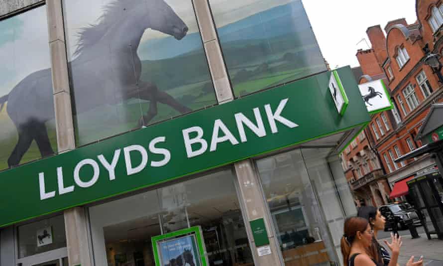 A branch of Lloyds bank