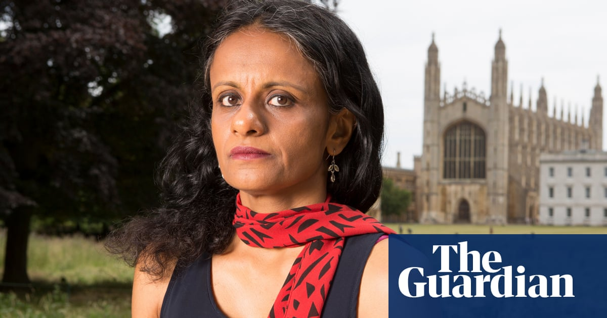 Academic calls on universities minister to defend her freedom of speech