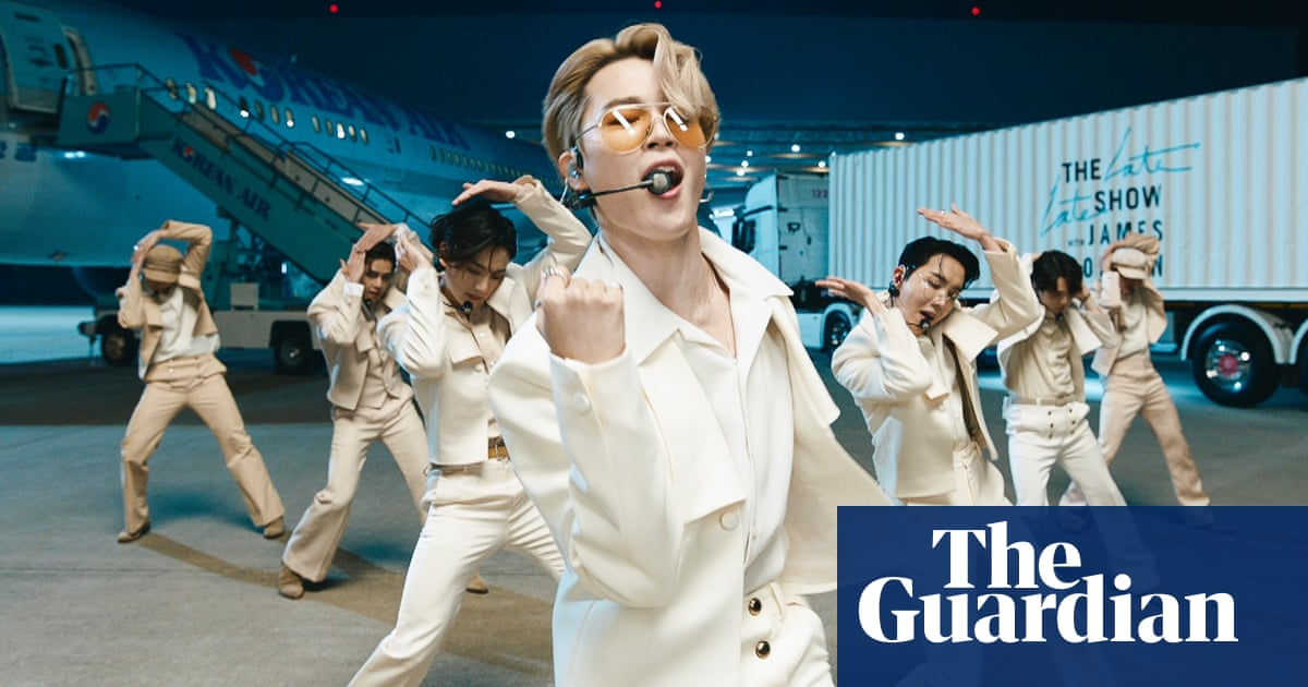 K-pop stars BTS extend career by two years after military service law change