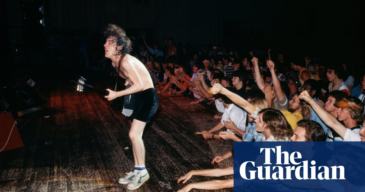 Pub Rock: the sounds that defined Australia in the 70s and 80s – in pictures