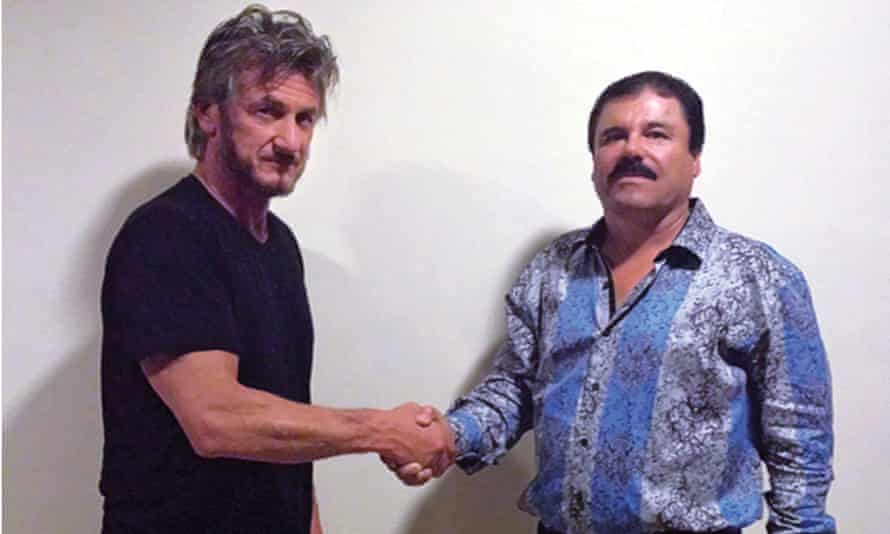 Sean Penn shaking hands with Mexican drug lord El Chapo