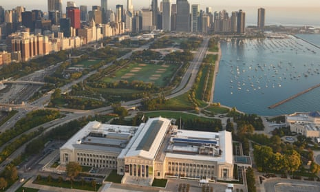 The Field Museum, park of a cluster of striking buildings on Chicago waterfront.