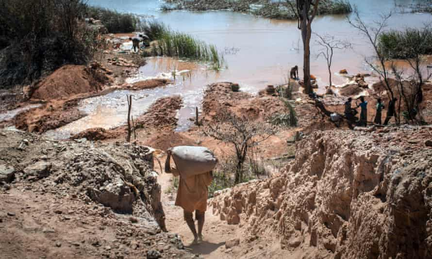 A cobalt mine between Lubumbashi and Kolwezi in the Democratic Republic of the Congo