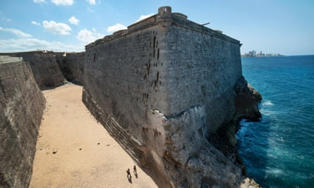 El Morro fortress, which guards Havana, was restored by Leal.