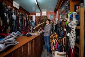 Umbrella repair shop