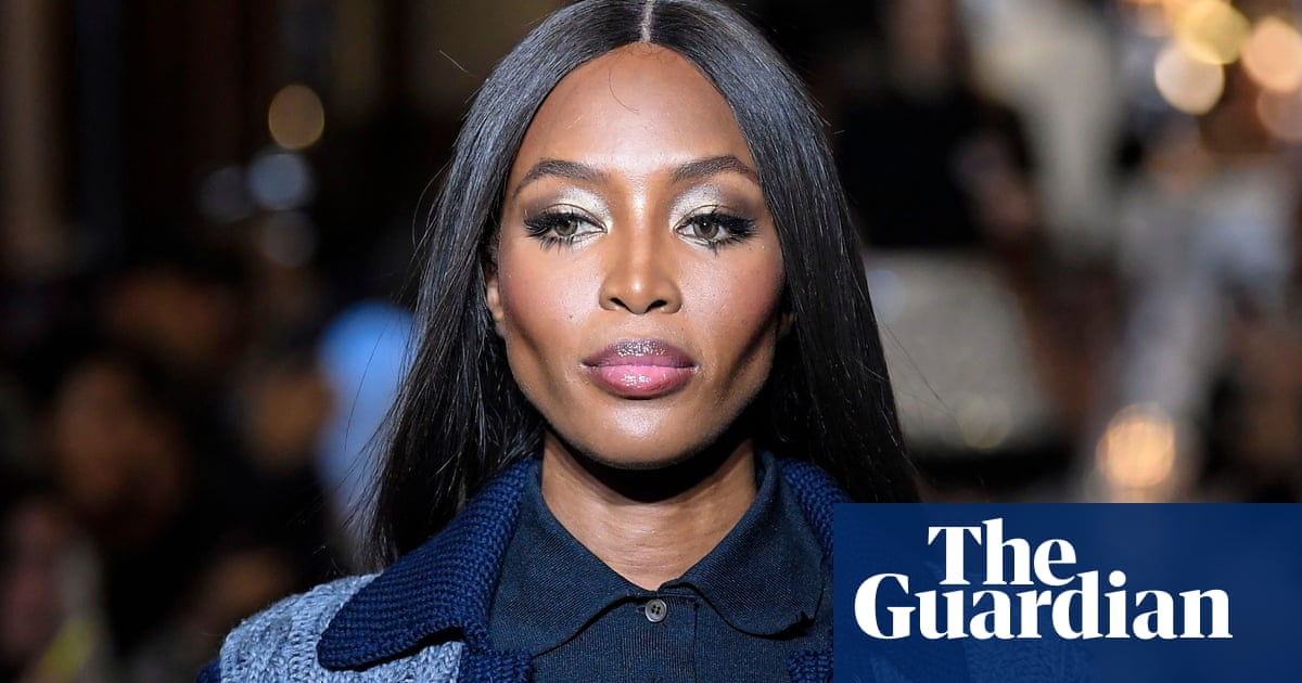 Naomi Campbell says hotel turned her away because she is black