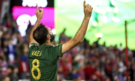 Diego Valeri's double lifts Timbers as NYCFC fracture Union in MLS playoffs