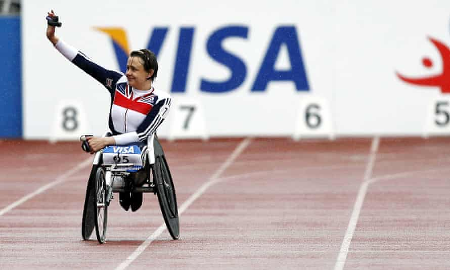 Tanni Grey-Thompson waves to the crowd after her last ever race in the T53 200 meters during the Visa Paralympic world cup